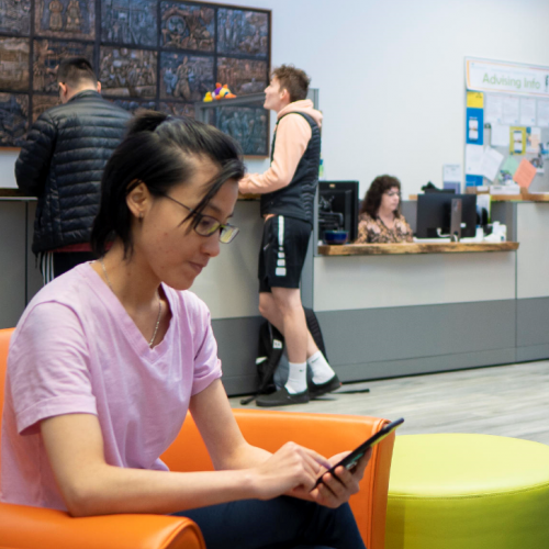 VIU International Student Drop-In Cropped