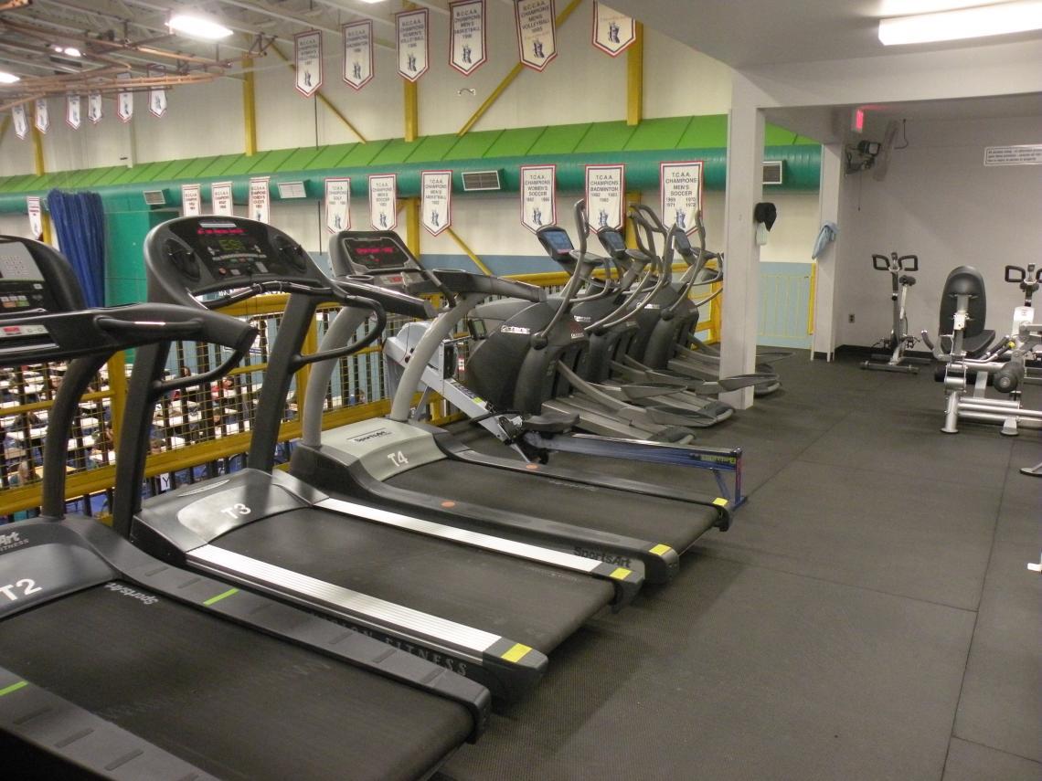 Gymnasium facilities services campus recreation
