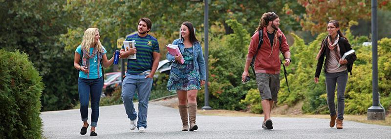 VIU students walking at Nanaimo campus